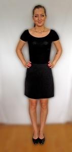 Lillpetra svart kjol