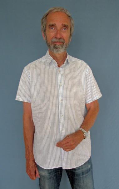 Skjorta med kardborreknäppning