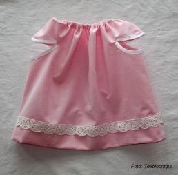Rosa klänning kv