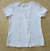 T-shirt baksida öppen